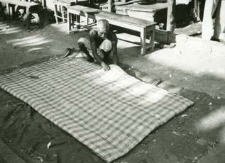 [Making a Mattress Pad]