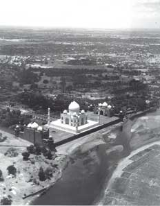 [Plane circles the Taj]